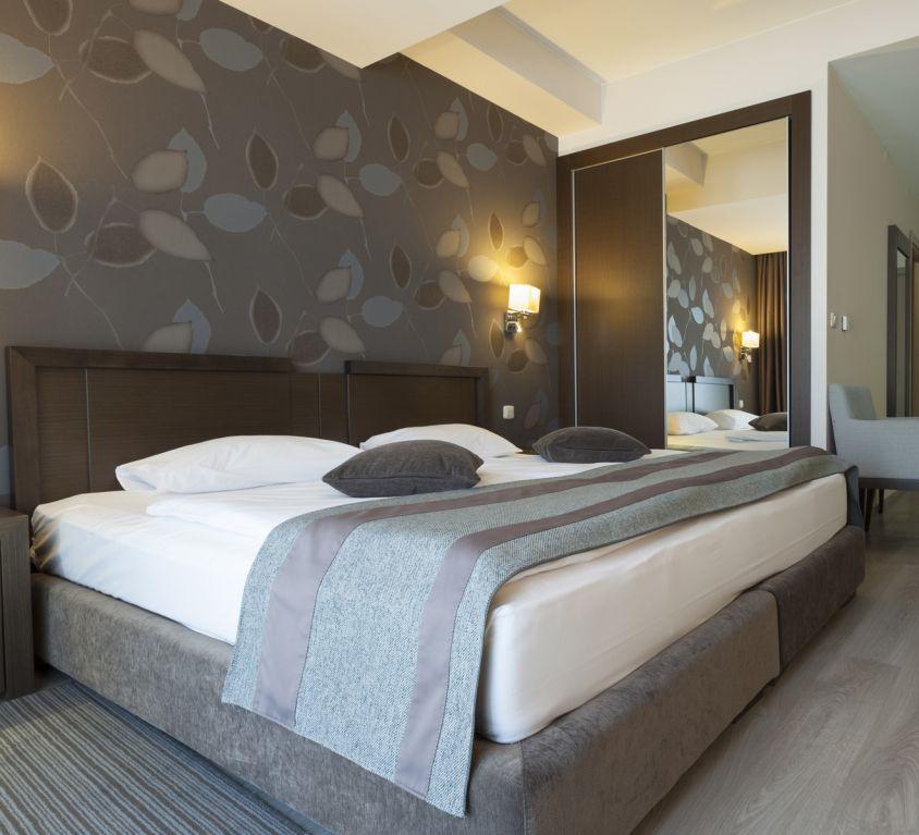 Room Suite (Demo)